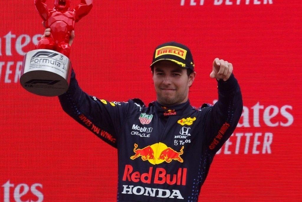 Checo Pérez sube al podio en el GP de Francia; Verstappen es el ganador